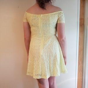 Yellow Lace Dress - short